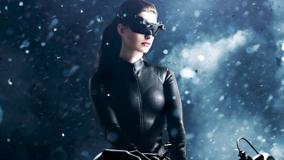 The Dark Knight Rises &#8211; Catwoman Anne Hathaway in Black Dress